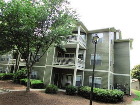 1000 Spalding Drive Apartments, Atlanta, GA