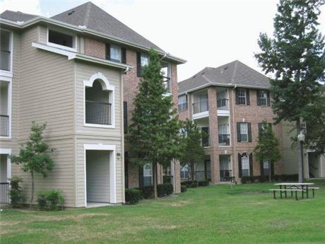 2455 Weldwood Drive Apartments, Baton Rouge, LA