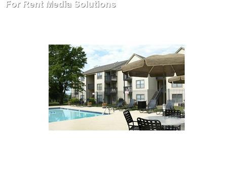 Hilltop Village Apartments, Kansas City, MO