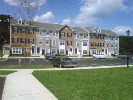 1 Oaks Drive Apartments, Swedesboro, NJ