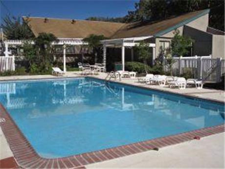 2301 Broadmoor Apartments, Bryan, TX